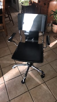 black leather padded rolling armchair El Paso, 79936