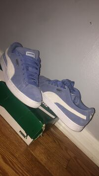 Pair of blue-and-white puma sneakers  Winchester, 22601