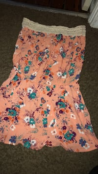 pink and blue floral sleeveless dress Mansfield, 44903