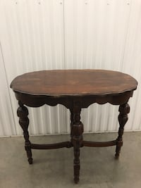 Vintage Oval Ocassional Table Richmond, V6X 2P7