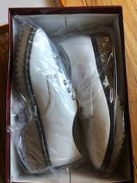 Oxfords-White Patent Leather Woman's 8.5 Wallingford, 06492