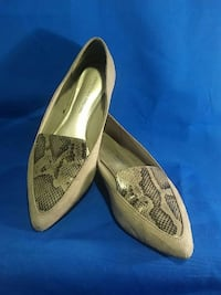 WOMENS CASUAL SHOES USED Fountain Valley, 92708