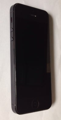 Unlocked Apple IPHONE 5 32GB  BLACK Grade A.