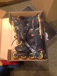 Roller skates (2 sets) Richmond Hill, L4C 3X3