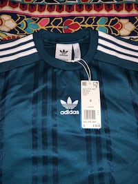 Men's Adidas Jersey size small Reading, 19608