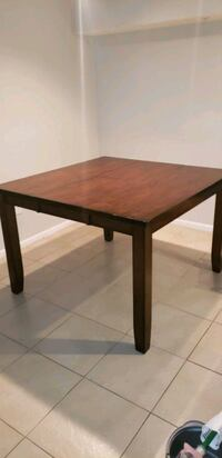 Extendable High Table Coral Springs, 33071