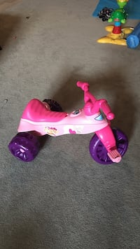 toddler's pink and purple ride on trike toy Fort Saskatchewan, AB, Canada