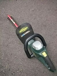 Yardworks electric trimmers  Fort Erie, L2A 2W3