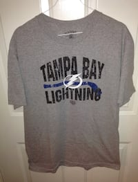 Tampa Bay Lightning NHL Old Time Hockey Distressed T shirt Size L London