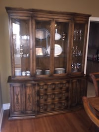 China Hutch with Storage Vaughan, L0J 1C0