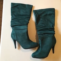 SIZE: 10. Teal suede platform pump calf boots Winchester, 22602