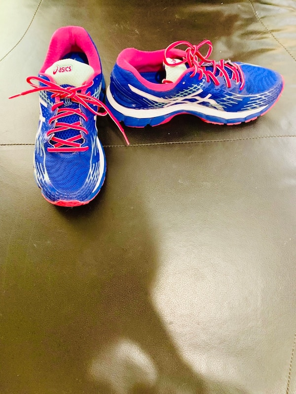 eb2d98988a7e Used ASICS Nimbus women s size 9.5 for sale in Coral Springs - letgo