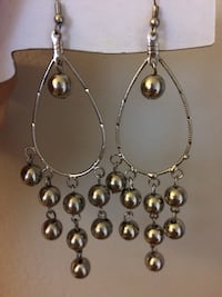 silver and brown beaded necklace Ottawa, K1T 1P1
