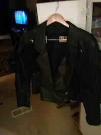 black button-up jacket genuine with h b toss