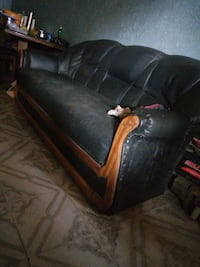 black leather padded sofa chair 1164 mi