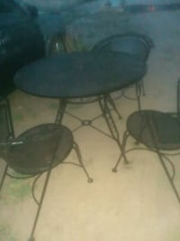 round black metal table with two chairs Fresno, 93728