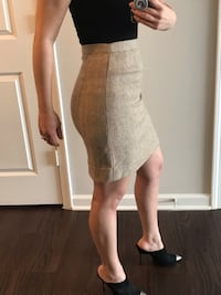 Chanel Skirt - Size 4 (S, 27)