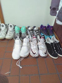 four pairs of assorted shoes nike mens