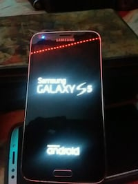 S 5 has Samsung lock  Cookeville, 38506