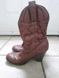 pair of brown leather cowboy boots Weslaco