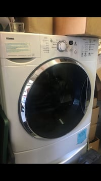 Kenmore washer and dryer set on pedistals Fairview, 97024