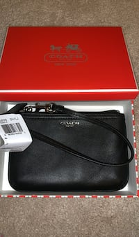 New w/ Tags Coach Black Leather Wristlet