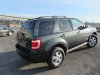 2008 FORD ESCAPE AWD! Surrey