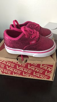 Vans for  toddlers  722 km