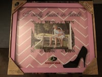 Picture frame for the outdoorsy woman Darien, 60527