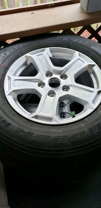245/75 R17 5 tires and wheels 38 km