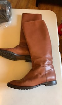 Italian Leather boots size 6 Gatineau, J8T 5G2