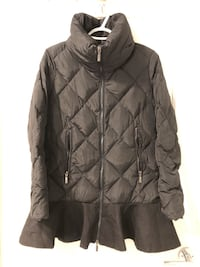 Moncler Down Winter Jacket for women. Size 1 (XS/S) Vancouver, V5S 4Y1