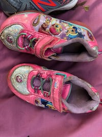 Girl shoes size 8 Plant City, 33565