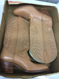 pair of brown leather stacked heel cowboy boots York, 17403