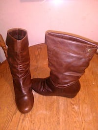 Ladies boots size 9 1/2 Guelph