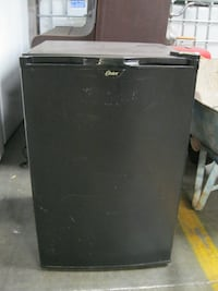 Small Oster Refrigerator-4.5 cu ft Pittsburg, CA, USA
