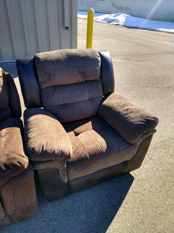 used living room furniture less than a year old for sale