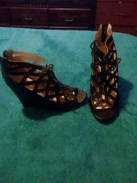 Black Ladies Wedges Providence, 02908