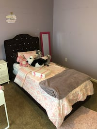 Twin bed with boxspring and mattress, purple Virginia Beach, 23462