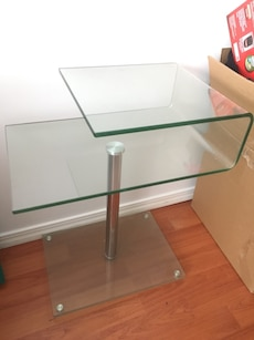 Stylish Glass side table 1'12""
