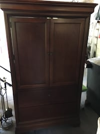 Thomasville cherry  armoire.. Very gently used.. moving must go this week... more stuff listed Braintree, 02184