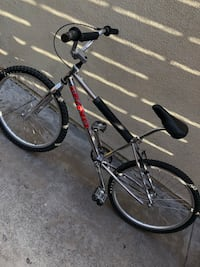 Black and red hardtail mountain bike San Diego, 92105