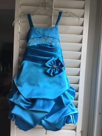 Girl's dress, size 6 Vaughan, L4L 3N9