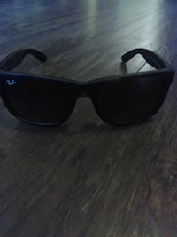 Brown tiger framed Ray-Ban wayfarer sunglasses Vancouver, V6A