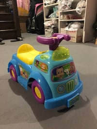 Bubble guppies ride on toy.