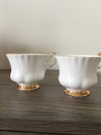 Royal Albert VAL D'OR Cups only 2 for $5 Brampton, L7A