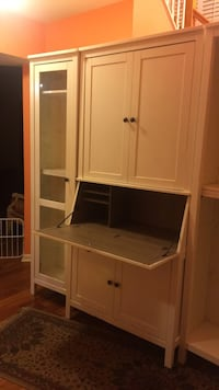 White wooden cabinet with shelf 27 km