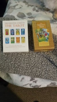 Never used bought at Barnes&Noble. Tarot cards&BK Pacolet, 29372
