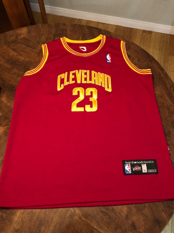 save off a6379 5dbd2 Lebron James Cleveland Cavaliers 1975-76 Reebok Hardwood Classics Throwback  NBA Jersey + Red Hardwood Classics NBA Jersey
