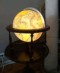 WORLD GLOBE.( LIGHTS UP. )AN OLDER GLOBE.WITH THE  East Dundee, 60118